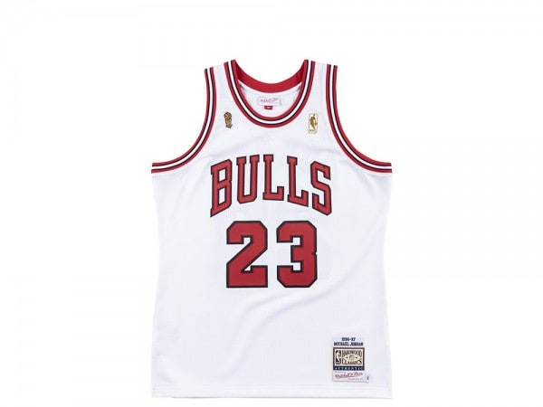 Mitchell & Ness Chicago Bulls - Michael Jordan Authentic Jersey 1996-97 Finals