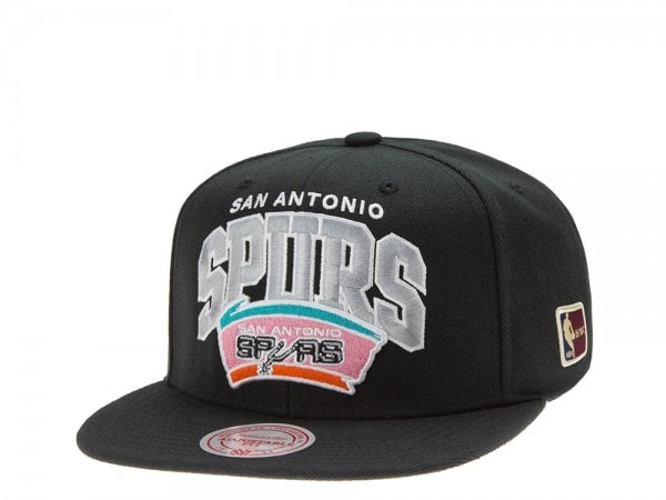 Mitchell & Ness San Antonio Spurs Team Arch black Snapback Cap