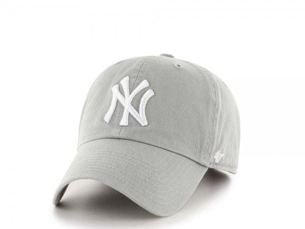 47brand New York Yankees Classic Curved Strapback Cap