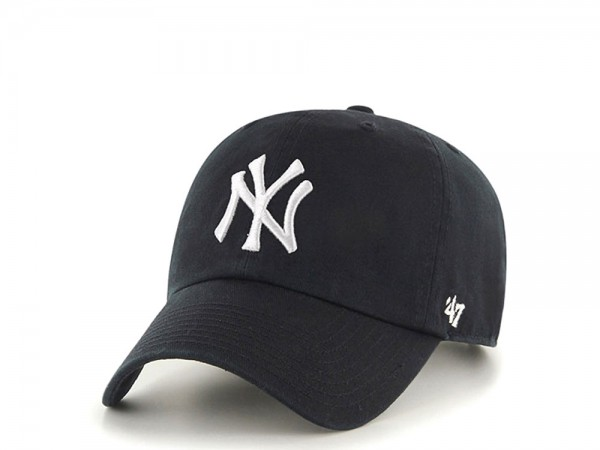 47Brand New York Yankees Clean Up Black Strapback Cap