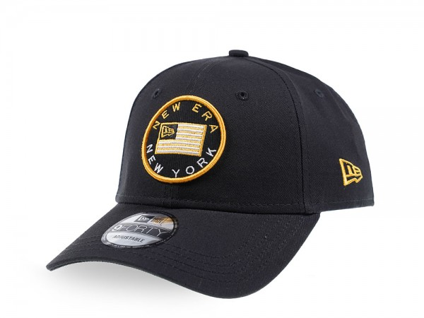 New Era Heritage Badge Black 9Forty Strapback Cap